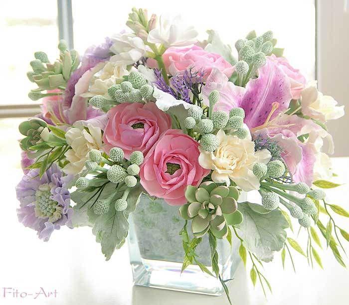 Букет с каменными розами, цветы из глины