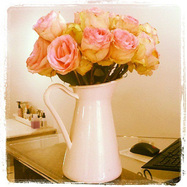 Love roses @ the front desk #flowers
