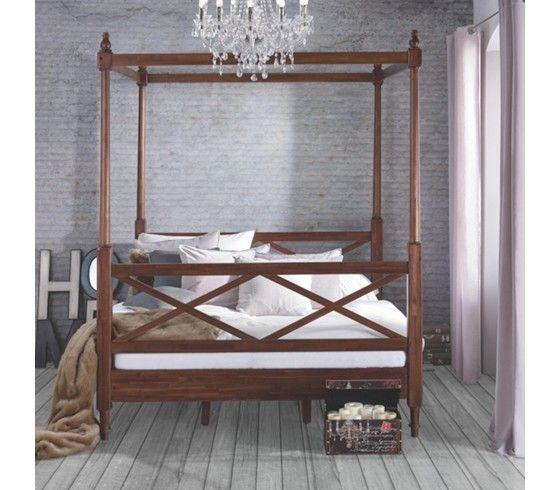 romantisches himmelbett mit lichterkette. Black Bedroom Furniture Sets. Home Design Ideas