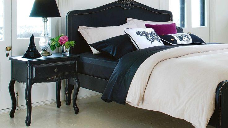 Home :: Bedroom :: Bedroom Furniture :: Bedside Tables :: Amore Bedside Table