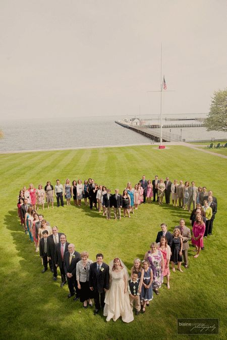 Wedding photography idea -  heart shape group picture for smaller crowd