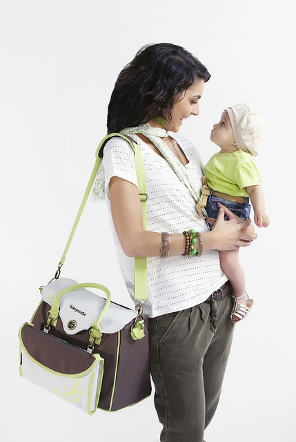 http://produits-puericulture.babymoov.fr/sac-a-langer-baby-style.html