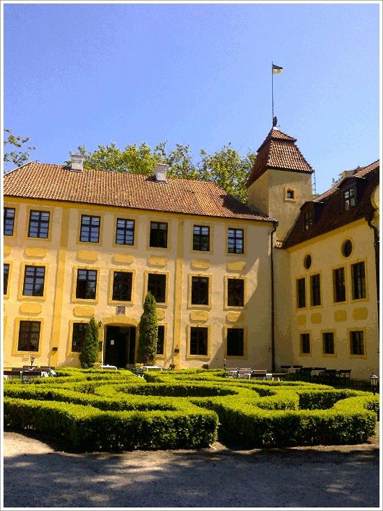 Palace in Krokowa / near Dębki