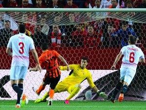 Report: Las Palmas want Sevilla goalkeeper David Soria