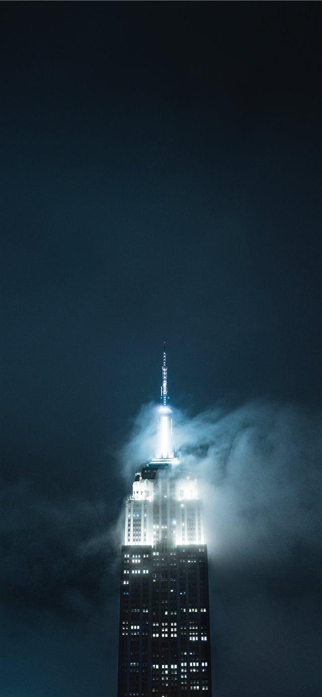 Shrouded by the fog iPhone X wallpaper #city #sky #mystic #mood #Urban – 𝔹𝕝𝕦𝕖 𝕊𝕜𝕪 ✨