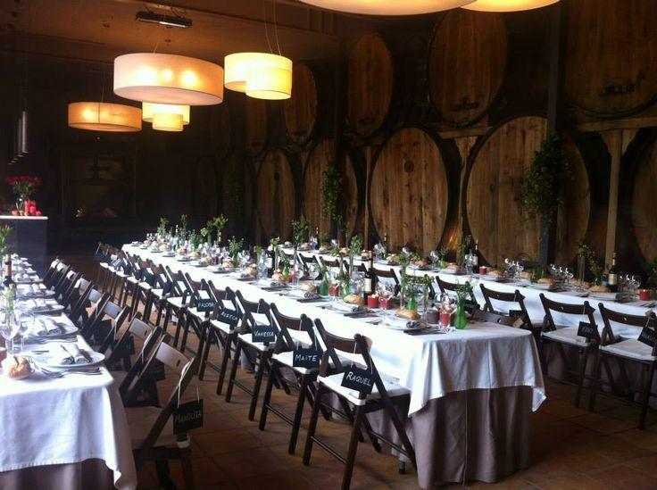 Muy rural, muy campestre y muy sidrera. Una boda con encanto en #Restaurante #CasaTrabanco #Lavandera #Labodaquebuscas