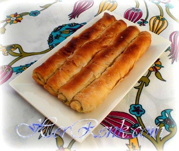 Peynirli Katmer Börek-Mayasız,peynirli,nişastalı,tel tel,kat kat,el açması,gevrek,börek tarifleri,iftar,sahur için,ev börekleri,börek nasıl yapılır,katmer,ev böreği,el açması,evde açma börek,misafire ne yapsam,davet sofrası,katmer börek,katmer,