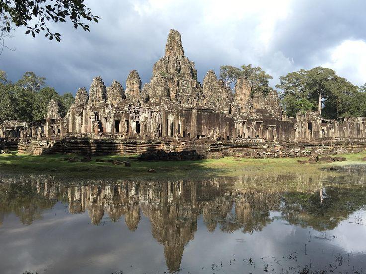 **Happy Angkor Wat Tour - Siem Reap, Cambodia