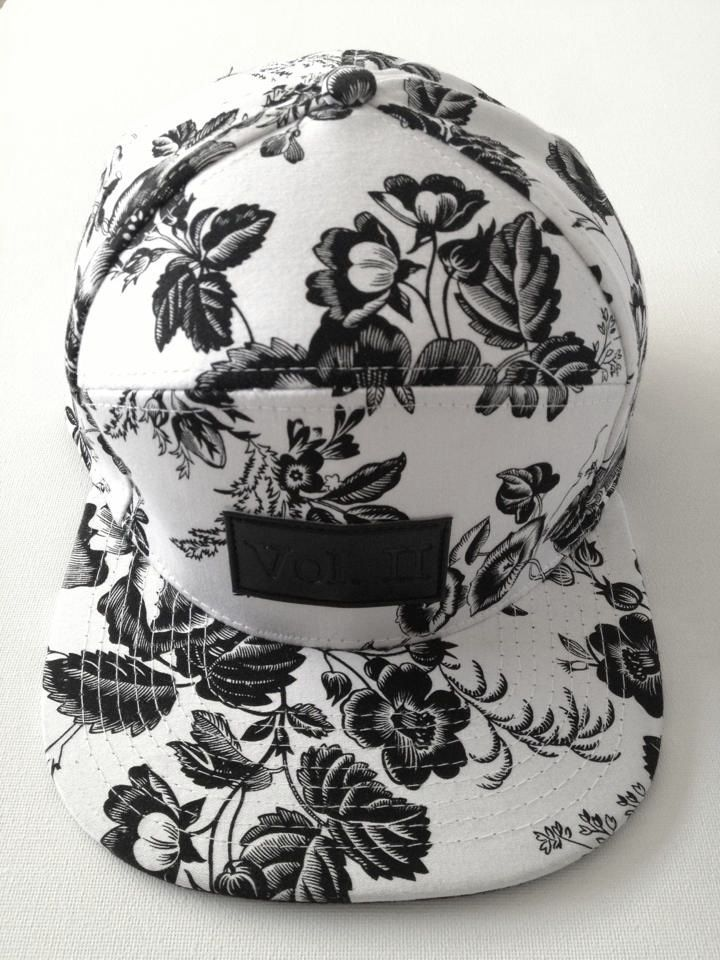 Floral Snapback Get snapback hats from www.hats-cool.com Cheap Snapback Hats Free Shipping: http://www.sosocool.us.com