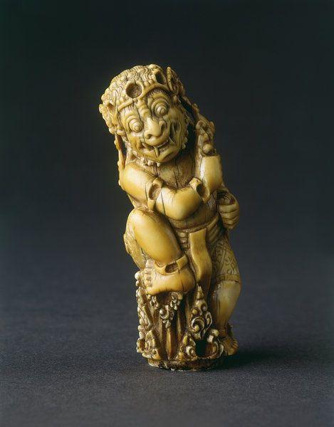 Keris hilt ivory (1)
