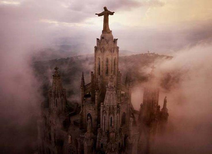 Amos Chapple - Sagrat Cor Church, Barcelona, Spain - official site http://www.amoschapplephoto.com/air/