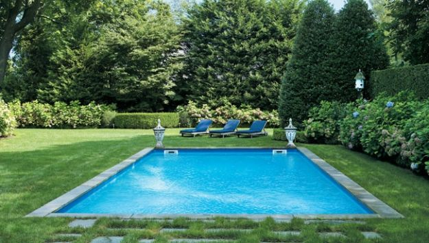 Sweet and Serene Image Gallery - Hamptons Cottages & Gardens - August 1 2012 - Hamptons