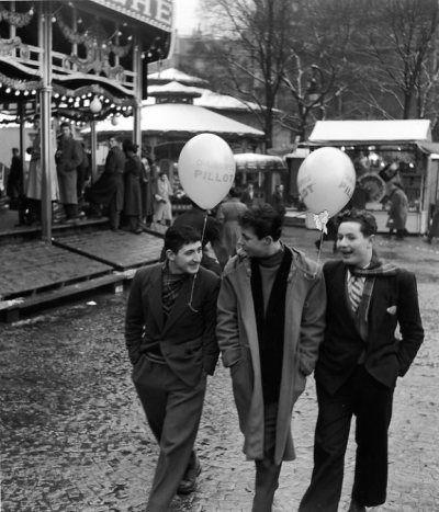 """Paris-1953 """"Foire du Trône"""" By ROBERT DOISNEAU"""