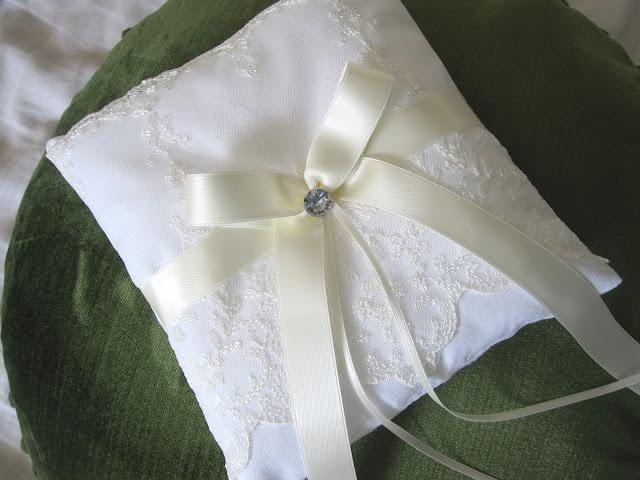Tati Cupcake: Selbstgenähtes Ringkissen. Wedding ring pillowWedding Ring