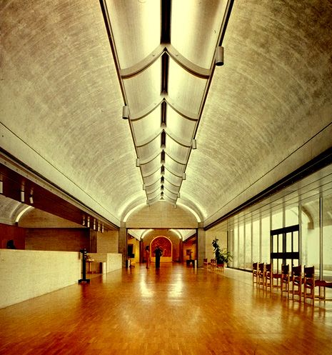 Kimbell Art Museum  ARQ: Louis Kahn  LD: Richard Kelly