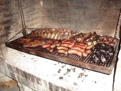 How to make the best, most simple and traditional Argentine BBQ (asado)