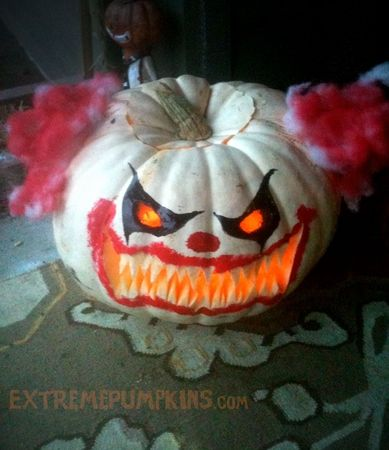 1000 images about haunted trail ideas on pinterest for Clown pumpkin painting