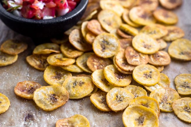 How To Make Plantain Chips Recipe Plantain Chips Vegetable Chips How To Make Plantains