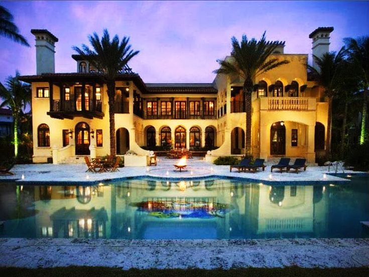 Million dollar homes in florida in this stunning for Luxury million dollar homes