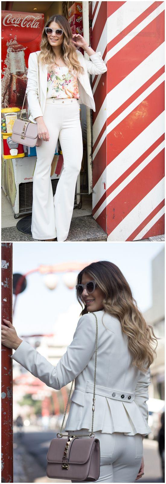 pantalona + blusa estampada larguinha embutida + blazer