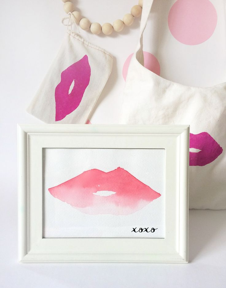 Great artwork to decorate for Valentine's day! - DIY Watercolor Lips artwork by kraft&mintv
