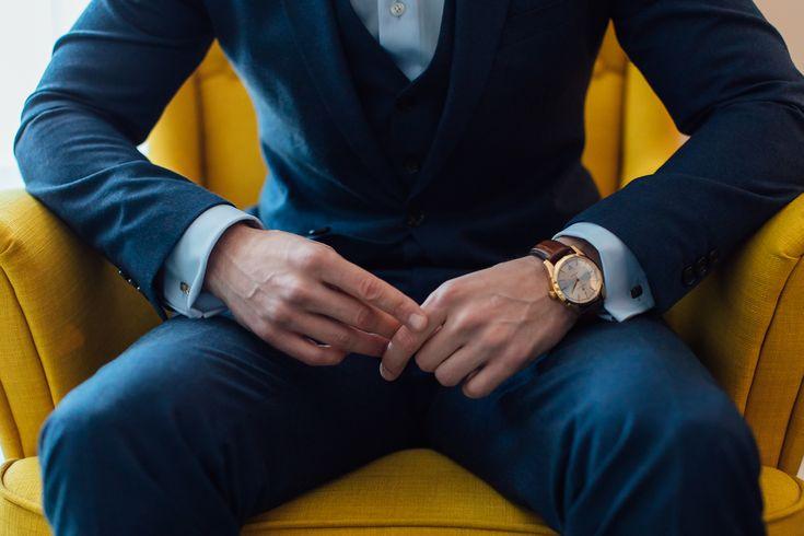 #groom #accesories #man #suit #wedding #weddingplanner #groomaccesories