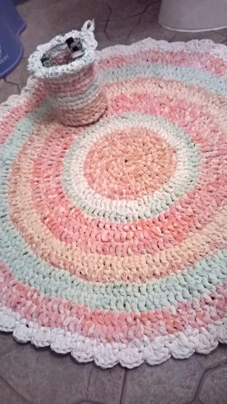 Rug&basket from old sheet's