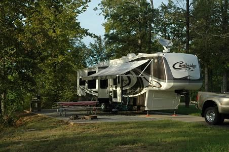 Welcome to RV-Dreams!! We are so glad to see you!! This website is dedicated to the use of RVs in the pursuit of a dream lifestyle.