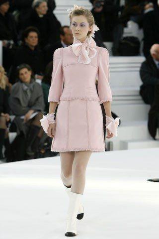 Chanel Spring 2006 Couture Fashion Show - Portia Freeman