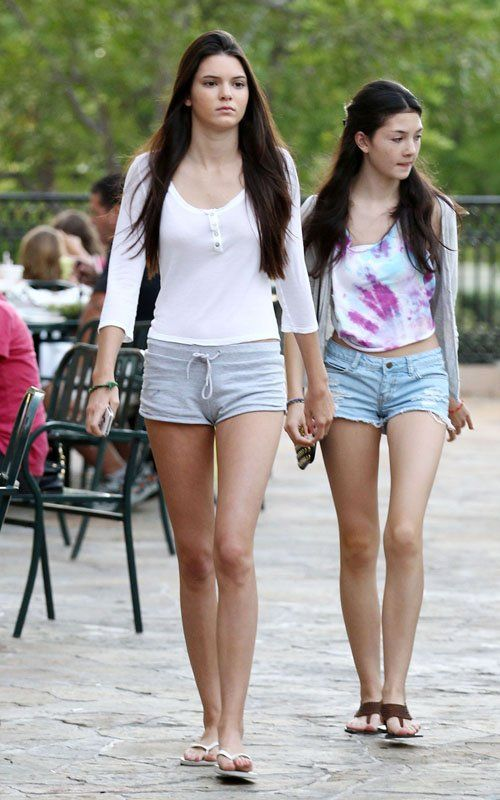 Subaru Johnson City >> Kendall Jenner Out in Calabasas June 28 2011   Marc jacobs ...