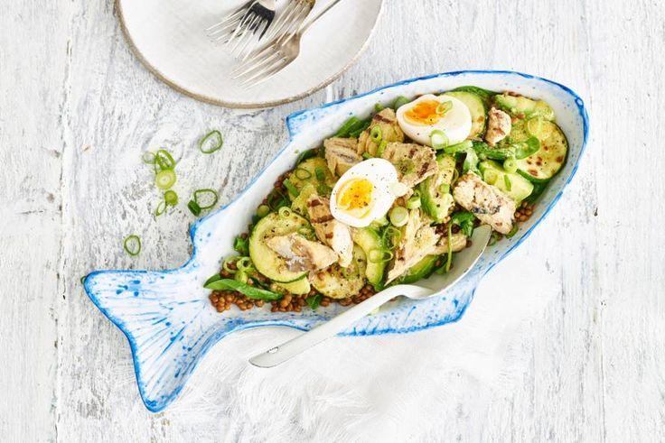 Linzen-makreelsalade met avocado en ei - Recept - Allerhande