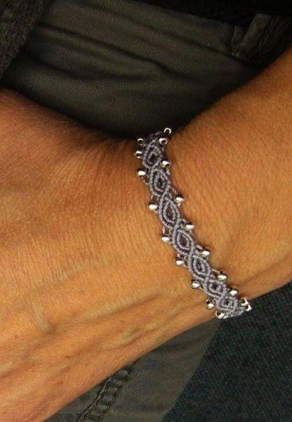 * Armbändchen Makramée Silberperlchen * von crochet.jewels auf DaWanda.com