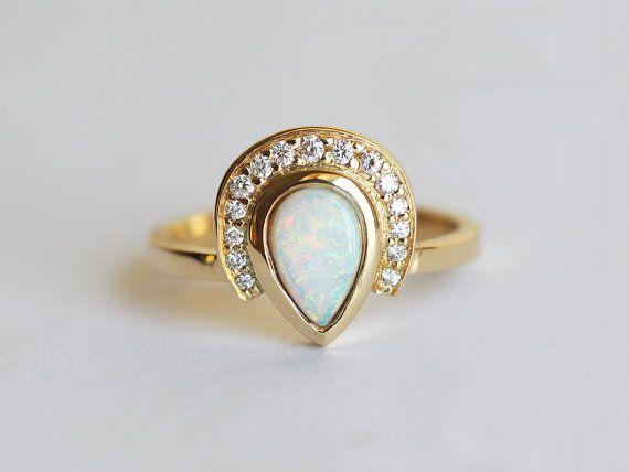 Anillo de compromiso de ópalo diamante anillo del por MinimalVS