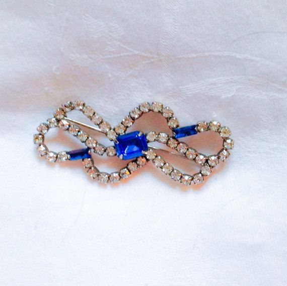 Vintage 50s Brooch with Blue and White Rhinestones by MsMaude