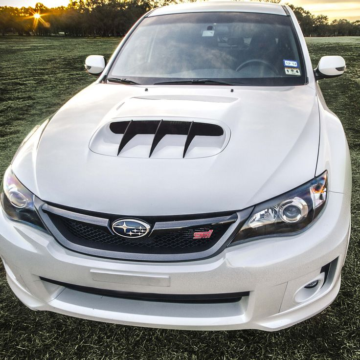 "Subaru Impreza WRX STi with ""the Original"" Hood Scoop Fins"