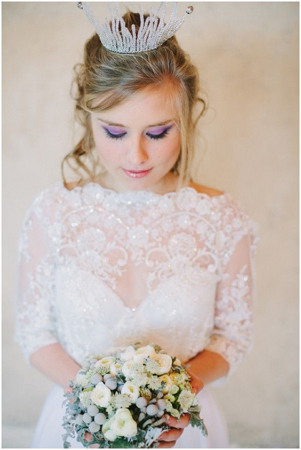 Winter bride | Image by Malvina Photo on French Wedding Style