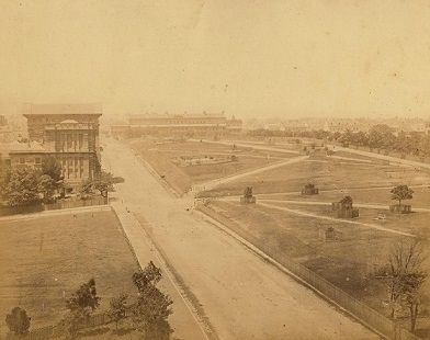 img/gallery/NSW/Sydney as it was/1869 circa View of College Street and Hyde Park.jpg