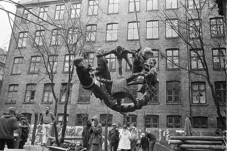 Palle Nielsen, Un grupo de activistas de diferentes organizaciones en Dinamarca despejaron un patio trasero en Stengade 52 en el área de Nør...