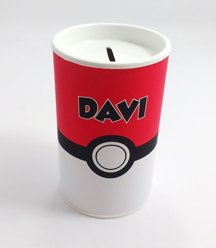 Cofrinho para lembrancinha com o tema Pokemon.  Duas opções de arte.  Podemos fazer em outros temas.    Tamanho 9,5 cm altura x 6,5 cm diâmetro.