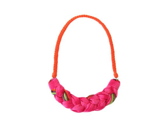 Bib braided necklace made of soft cotton tshirt yarn and cotton fabric. Lightweight and modern design.  A beautiful addition to your look, and a great present for your loved ones.