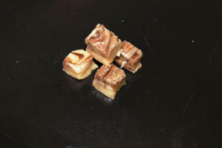 Vanilla fudge with chocolate swirls