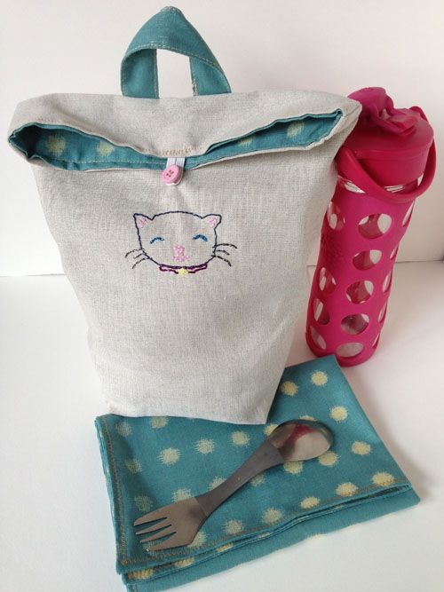 Easy Embroidered Lunch Bag + Napkin | Sew Mama Sew. Nx