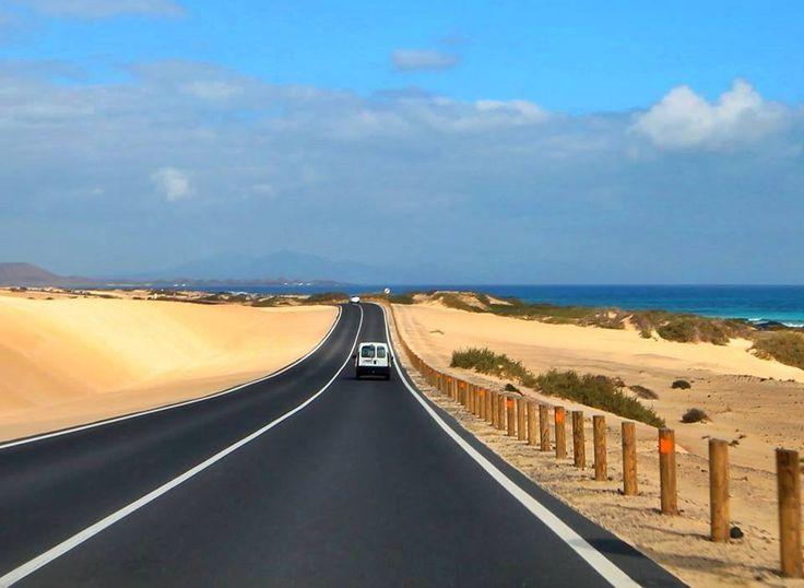 Parque Natural Dunas de Corralejo, Fuerteventura, Islas Canarias.  Foto de Martyn Reynolds