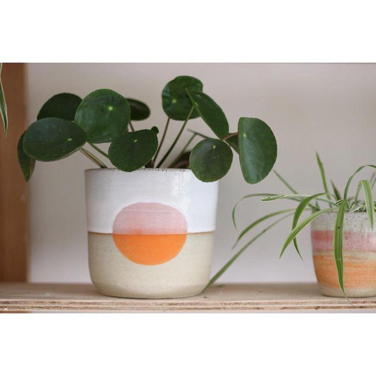 Takeawei ceramics (@tkawei on Instagram)