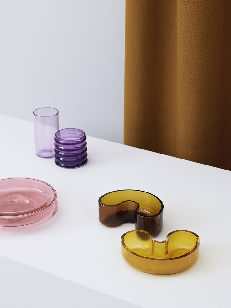 Noidoi glass vessels — Everything Is Connected