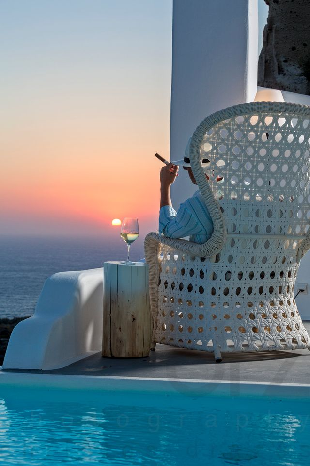 Sunset Chilling, Oia, Santorini