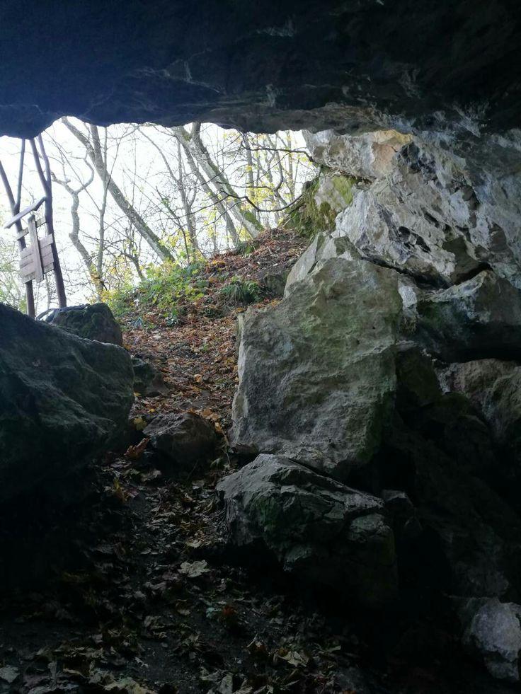 Vác Naszály-hegy Násznép-barlang