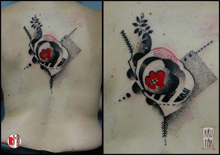 Redberry Tattoo Studio Wrocław #tattoo #inked #ink #studio #wroclaw #warszawa #tatuaz #gdansk #redberry #katowice #sosnowiec #bielskobiala #berlin #poland #krakow #krutak #labrujaproject #portrait #portret #kobieta #ethnic #etno #project #haft #flower