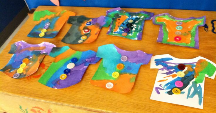 Pete The Cat and His Four Groovy Buttons. Preschool art project.