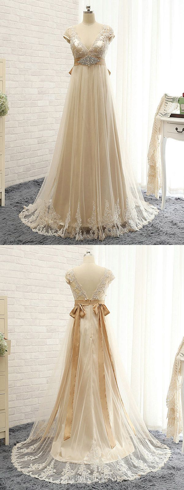 Champagne Bridesmaid Dresses Lace, Yellow Bridesmaid Dresses Long, Empire Bridesmaid Dresses V-neck, Tulle Bridesmaid Dresses Sweep Train with Appliques
